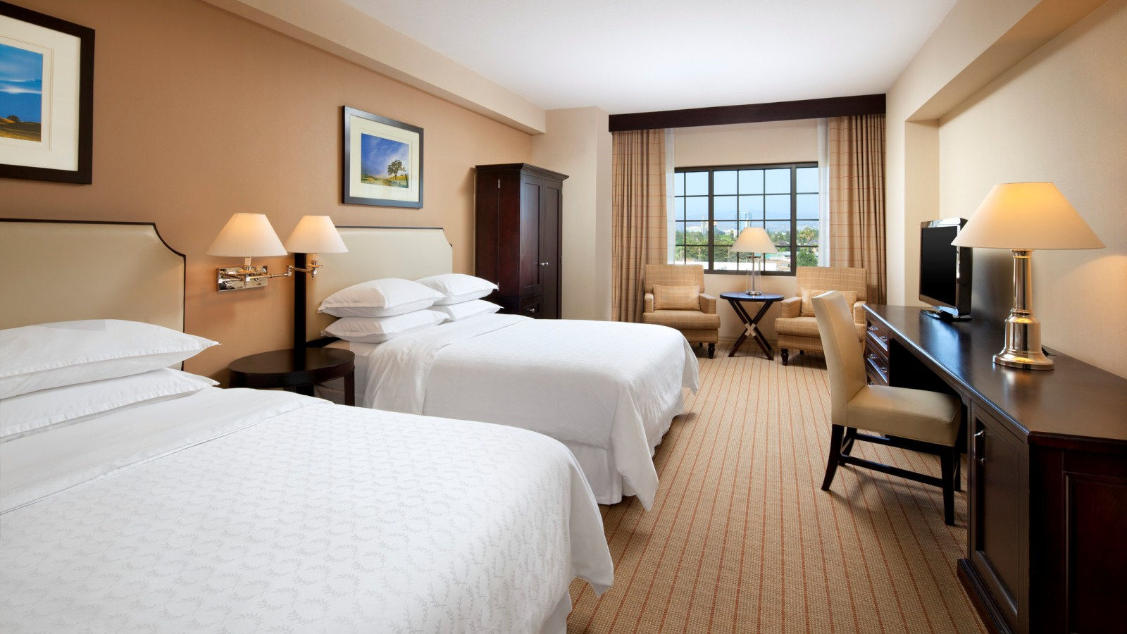 Sheraton Garden Grove - Anaheim South Hotel - Traditional Room
