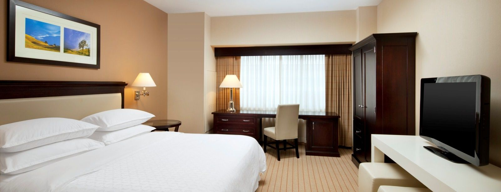 Sheraton Garden Grove - Anaheim South Hotel - Accessible Rooms